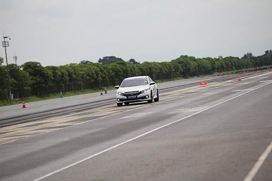 Bridgestone POTENZA Adrenalin RE004,ให้ทุกโค้ง โค้งให้คุณ,Bridgestone POTENZA,RE004,Bridgestone,POTENZA RE004,POTENZA Adrenalin RE004,รีวิว Bridgestone POTENZA,รีวิว Bridgestone RE004,รีวิว POTENZA RE004