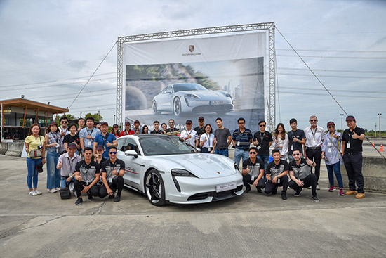 ฝึกอบรมการขับขี่รถยนต์ปอร์เช่,ฝึกอบรมการขับขี่รถยนต์,อบรมการขับขี่รถยนต์,ปอร์เช่ ประเทศไทย,เอเอเอส ออโต้ เซอร์วิส,Porsche Driver's Safety Training,Porsche Driver's Safety Training 2020