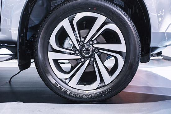 Bridgestone DUELER D684,ยางรถยนต์ Bridgestone,DUELER D684,ยางรถยนต์บริดจสโตน DUELER D684,ALL-NEW ISUZU MU-X,ขนาดยาง ALL-NEW ISUZU MU-X,ขนาดยาง ISUZU MU-X ใหม่,ยาง DUELER D684