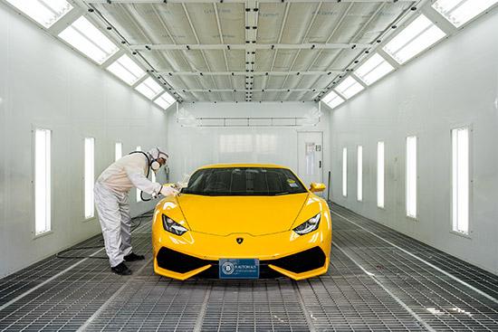 B Autohaus,Auto Color Lab,ศูนย์บริการซ่อมสีและตัวถัง,อู่สี,อู่ทำสีรถยนต์,ฟิล์มเปลี่ยนสีและป้องกันรอยชนิดพ่น,อัครวัชร คงสิริกาญจน์