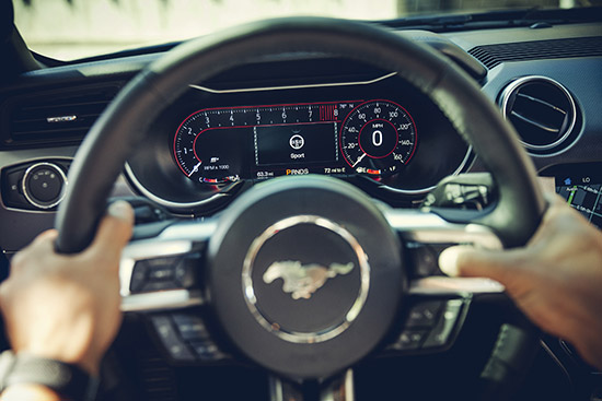 ฟอร์ด มัสแตง,ฟอร์ด มัสแตง เพิ่มสีเทาใหม่,ฟอร์ด มัสแตง สีเทาใหม่,ฟอร์ด มัสแตง สีเทา คาร์บอนไนซ์ เกรย์,Ford Mustang Carbonized Grey,Ford Mustang,Carbonized Grey,Ford Mustang สีเทาใหม่,ราคา Ford Mustang