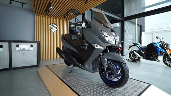 Suzuki  Burgman 400 2021,Suzuki  Burgman 400,Suzuki  Burgman 400 ใหม่,Burgman 400 ใหม่,Burgman 400 2021,Burgman 2021,รีวิว Suzuki  Burgman 400 2021,ราคา Suzuki  Burgman 400 2021