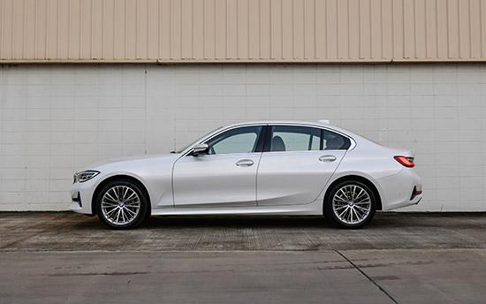 BMW 320Li Luxury,BMW 320Li Luxury ใหม่,BMW 320Li Luxury 2021,BMW 320Li 2021,320Li 2021,320Li Luxury,320Li Luxury ใหม่,ราคา BMW 320Li Luxury ใหม่,ราคา BMW 320Li,รีวิว BMW 320Li,รีวิว 320Li Luxury ใหม่
