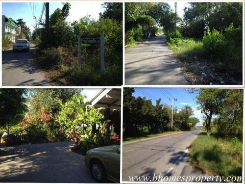 หมู่บ้านร่มเย็น 4 ถนนลำไทร