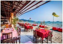 RimHad Seafood Restaurant : ร้านอาหารริมหาด ซีฟู้ด เกาะช้าง