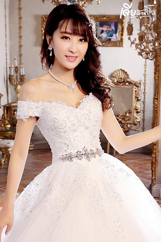 เช่าชุดแต่งงานวันจริง ชุดวิวาห์ไทย เจ้าบ่าวเจ้าสาว พรีเวดดิ้ง หาดใหญ่ เจียสตูดิโอ ราคาถูก prewedding-dress-rental-hatyai--12