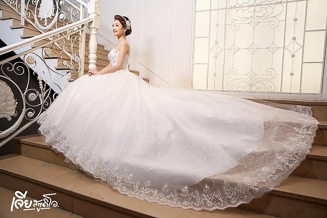 เช่าชุดแต่งงานวันจริง ชุดวิวาห์ไทย เจ้าบ่าวเจ้าสาว พรีเวดดิ้ง หาดใหญ่ เจียสตูดิโอ ราคาถูก prewedding-dress-rental-hatyai--19