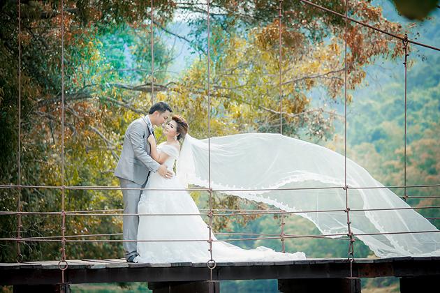 Prewedding สวยๆ ถ่ายภาพแต่งงาน รูปพรีเวดดิ้ง แพ็คเกจชุดแต่งงาน วิวาห์ ไทย เจ้าสาว ช่างภาพแต่งงานมืออาชีพ เจียสตูดิโอ หาดใหญ่ ราคาถูก Hatyai-stuidoo-2