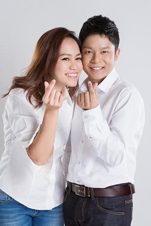 [ เจียหาดใหญ่ ] Prewedding ถ่ายพรีเวดดิ้ง โมเดิร์น สวยๆ ในสตูดิโอ ฉากขาว ถ่ายภาพแต่งงาน ถ่ายรูปหน้างาน เช่าชุดเจ้าบ่าวเจ้าสาว ชุดวิวาห์ ชุดไทย พอตเทรต Wedding Studio Hatyai Portrait-2