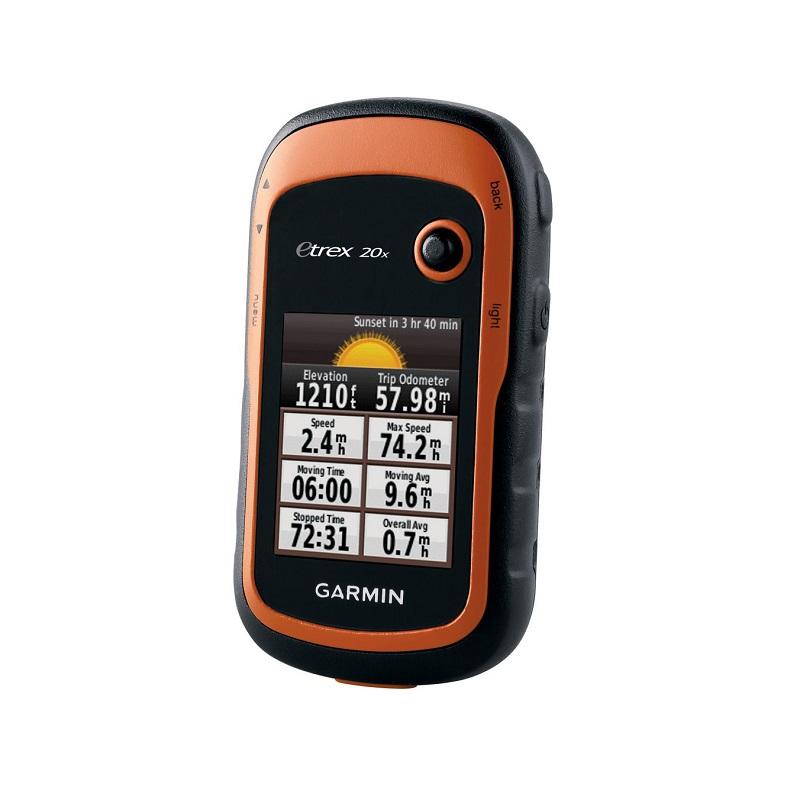 เครื่องหาพิกัดด้วยสัญญาณดาวเทียม GPS ยี่ห้อ GARMIN รุ่น eTrex 20x, Thai  1. เป็นเครื่องมือหาตำแหน่งพิกัดบนโลกโดยใช้สัญญาณจากดาวเทียมในระบบ GPS ภายในตัวเครื่อง 2. มีจำนวนช่องรับสัญญาณแบบ Parallel จำนวนไม่น้อยกว่า  12  ช่อง 3. มีความคลาดเคลื่อนของการหาตำแหน่งไม่มากกว่า 10 เมตร RMS 4. มีจอภาพแบบ LCD ขนาดไม่น้อยกว่า 1.4 x 1.7 นิ้ว (3.6 x 4.3 ซม.) แบบ  Monochrome display      และมีไฟส่องสว่างหน้าจอ 5. สามารถแสดงตำแหน่งพิกัดทั้งระบบพิกัด UTM และ  Latitude/Longitude 6. สามารถแสดงค่าพิกัดบน Datum สากล (WGS84) และ Datum(WGS72) ที่ใช้กับประเทศไทยได้  7. สามารถบันทึกข้อมูลตำแหน่งพิกัดได้ไม่น้อยกว่า 2,000 จุดและสร้างเส้นทางได้ 50 เส้นทาง 8. บันทึกข้อมูลค่าพิกัดโดยอัตโนมัติ (Track Log) ได้ถึง 10,000 จุด และสามารถแยกจัดเก็บได้สูงสุดถึง        200 Saved Tracks 9. สามารถนำทาง (Navigation) ไปยังตำแหน่งที่ต้องการได้ โดยแสดงเป็นระยะทางและทิศทาง 10. สามารถพล็อตจุดพิกัดและเส้นทางได้  โดยสามารถ Pan, Scan และ Zoom จอพล็อตเตอร์ได้ 11. เครื่องมีลักษณะทนทานต่อการกระเทือน และสามารถกันน้ำได้ลึกถึง 1 เมตรตามมาตรฐาน ( IPX7 ) 12. ใช้ไฟจากถ่านแบตเตอรี่ขนาด AA ไม่เกิน 2 ก้อน และทำงานต่อเนื่องได้ 25 ชั่วโมงต่อ แบตเตอรี่ 1 ชุด 13. มีพอร์ต USB สำหรับต่อเข้าคอมพิวเตอร์ได้ 14. คำนวณพื้นที่ได้ Area calculation 15. มีหน่วยความจำภายใน 3.7 GB 16. สามารถรองรับหน่วยความจำภายนอก (External Memory) ได้แบบ micro SD Card 17. แผนที่ประเทศไทยความละเอียดสูง ครอบคลุมเขตการปกครองระดับจังหวัด และ ประเทศทั้งหมด
