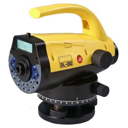 กล้องระดับอัตโนมัติ แบบดิจิตอล กำลังขยาย 32 เท่า ยี่ห้อ SANDING รุ่น DL-202   ผลิตภัณฑ์ประเทศจีน   1. กล้องวัดระดับอิเล็คทรอนิคส์อัตโนมัติความละเอียดสูง 2. กล้องเล็งเป็นระบบเห็นภาพตั้งตรงตามธรรมชาติ 3. มีกำลังขยาย 32 เท่า 4. ขนาดเส้นผ่าศูนย์กลางของเล็นซ์ปากกล้องไม่น้อยกว่า 36 มิลลิเมตร 5. ขนาดความกว้างของภาพที่เห็นในระยะ 100 เมตร ไม่น้อยกว่า 2.6 เมตร หรือ 1 องศา 30 ลิปดา 6. ความคลาดเคลื่อนในการวัดระยะ D ≤10 เมตร/10 มิลลิเมตร และ D ˃10 เมตร/D x 0.001  7. สามารถวัดระยะทางได้ตั้งแต่ 1.5 เมตร ถึง 100 เมตร 8. ระยะมองเห็นภาพชัดใกล้สุด 0.5 เมตร 9. ค่าตัวบวกคงที่ 0 10. ค่าตัวคูณคงที่ 100 11. มีระบบอัตโนมัติโดยใช้ COMPENSATOR ที่มีช่วงการทำงานของระบบอัตโนมัติมากกว่า ± 12 ลิปดา 12. ช่วงความละเอียดในการปรับตั้งกล้อง ( Setting accuracy )  0.30 ฟิลิปดา/ 1 ลิปดา 13. ความละเอียดในการทำระดับ ในระยะ 1 กม. ความคาดเคลื่อน ±1.5 มิลลิเมตร 14. ความไวของระดับฟองกลม 8 ลิปดา ต่อ 2 มิลลิเมตรหรือดีกว่า 15. ความเร็วในการแสดงค่าวัดระดับไม่เกิน 3 วินาที 16. แสดงค่าตัวเลขได้ บนจอ LCD  ขนาด 160 x 64 dpi และให้แสงสว่างหน้าจอได้ 17. สามารถป้อนข้อมูลได้ทั้งตัวเลขและตัวอักษร 18.สามารถอ่านค่าได้ละเอียดโดยตรง 0.1 มิลลิเมตร 19. สามารถเลือกโหมดการวัดเป็นแบบ SINGLE/AVERAGE/TRACKING ได้  20. สามารถเลือกโหมดการวัดระยะเป็นแบบ S.O G.H (Stake out Ground Point), S.O H.D       (Stake out Height Difference) และ S.O Dist(Stake out Distance) 21. สามารถเลือกโหมดการอ่านค่าไม้วัดระดับแบบ Barcode แบบตั้งตรงหรือแบบกลับหัวได้ 22. สามารถเลือกโหมดการวัดระดับแบบ BFFB, BBFF, BF/BIF และ Outward/Return ( BFFB/FBBF ) 23. มีหน่วยความจำภายในซึ่งสามารถเก็บข้อมูล ไม่น้อยกว่า 20,000 ค่า 24. สามารถถ่ายข้อมูลได้โดยสายถ่ายข้อมูลแบบ USB หรือ แผ่นบันทึกข้อมูล 25. มีสัญลักษณ์แสดงความเข้มของแบตเตอร์รี่และมีระบบตัดไฟอัตโนมัติเมื่อไม่ได้ใช้งาน