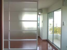 กั้นห้องกระจก