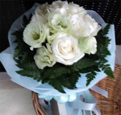 ช่อดอกไม้ พิเศษ 600 บาท