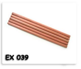 รับทำดินสอไม้กลม สีเนื้อไม้ธรรมชาติ พร้อมสกรีนโลโก้