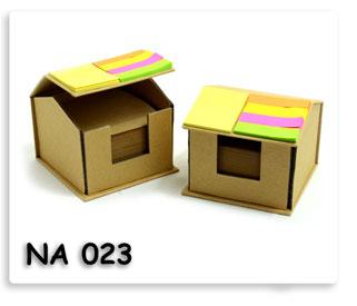 กล่องที่ใส่กระดาษโน้ต พร้อมโพสอิท กระดาษรีไซเคิล