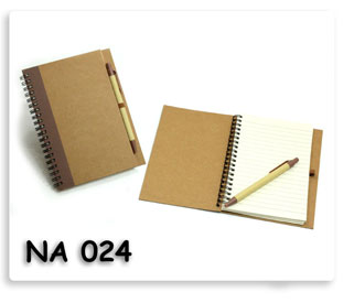 สมุดโน้ต ปกกระดาษแข็ง Recycle + ปากกา สินค้าพรีเมี่ยมเพร้อมสกรีน