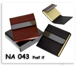 กระดาษโน้ตโพสอิส ในปกหนังสีน้ำตาล ปกหนังสีดำ คลิปโลหะสีเทาเงิน ให้เลือกหา ของแจกพรีเมี่ยมพร้อมสกรีนโลโก้