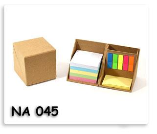 กล่องกระดาษรีไซเคิลบรรจุกระดาษโน้ต โพสอิส ที่ใส่ปากกา ของพรีเมี่ยมในสต๊อกพร้อมสกรีนข้อความพร้อมส่ง