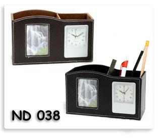 นาฬิกาตั้งโต๊ะ กล่องใส่ของพร้อมกรอปรูปหนัง