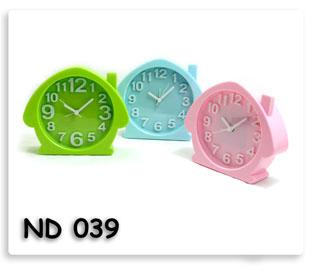 นาฬิกาปลุกตั้งโต๊ะ แบบเข็มชี้ ใส่ถ่าน สินค้าพีเมี่ยมนำเข้าพร้อมสกรีนข้อความโลโก้