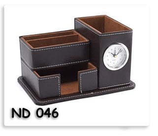 นาฬิกาตั้งโต๊ะกล่องหนังสีน้ำตาล ที่ใส่ของใส่กระดาษโน้ตตั้งโตีะ สินค้าพรีเมี่ยมพร้อมสกรีนข้อความ