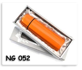 ชุดกี๊ฟเซตกระติกน้ำร้อน (ส้ม) พร้อมกล่องหน้าต่างบุผ้าซาตินสวยงาม ของพรีเมี่ยมพร้อมสกรีนโลโก้