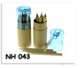ดินสอสีในหลอดกระดาษพร้อมกบเหลาดินสอ ของพรีเมี่ยมอย่างดี พร้อมสกรีนโลโก้