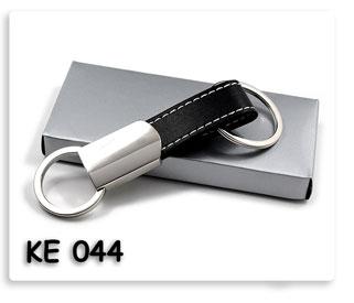 พวงกุญแจโลหะผสมหนัง ทรงห่วงคู่ ของพรีเมี่ยม พร้อมสกรีน หรือ เลเซอร์