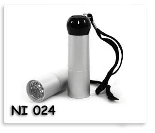 ไฟฉายหลอด LED อลูมิเนียม ขนาอกระทัดรัด พกพาสะดวก สินค้าพรีเมี่ยมพร้อมสกรีน