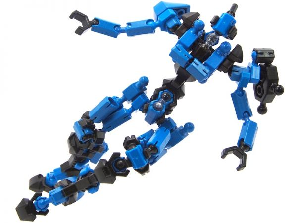 Asoblock Epsilon Blue หุ่นสีน้ำเงิน ของเล่น ตัวต่อเสริมทักษะ อโซบล้อค สื่อเสริมพัฒนาการเด็กจากญี่ปุ่น พัฒนาสมอง กล้ามเนื้อมัดเล็ก