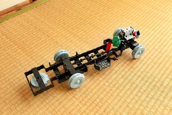 LaQ Bonnet Bus by Yuuto from Fukuyama ผลงานรถเมล์เก่า โครงสร้างรถ สุดยาดด้านความคิดสร้างสรรค์ และจินตนาการ