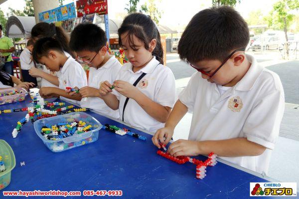 เด็กๆ สนุกกับการเล่นตัวต่อจิเอโบะ Chieblo โดยนำมาสร้างเป็นสิ่งของต่างๆ ได้มากมายและหลากหลายมาก