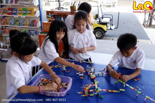 ตัวต่อเสริมทักษะลาคิว LaQ เป็นที่ชื่นชอบของเด็กๆ รร.อัสสัมชัญเป็นอย่างมาก ช่วยเสริมสร้างจินตนาการ และความคิดสร้างสรรค์