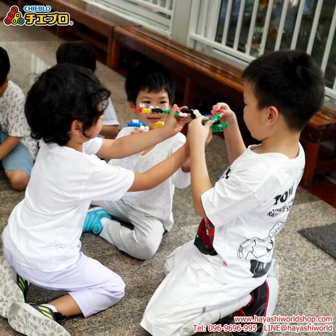 น้อง 3 คนนี้ใช้ตัวต่อจิเอโบะสร้างเป็นของต่างๆ ได้เก๋งจริงๆ