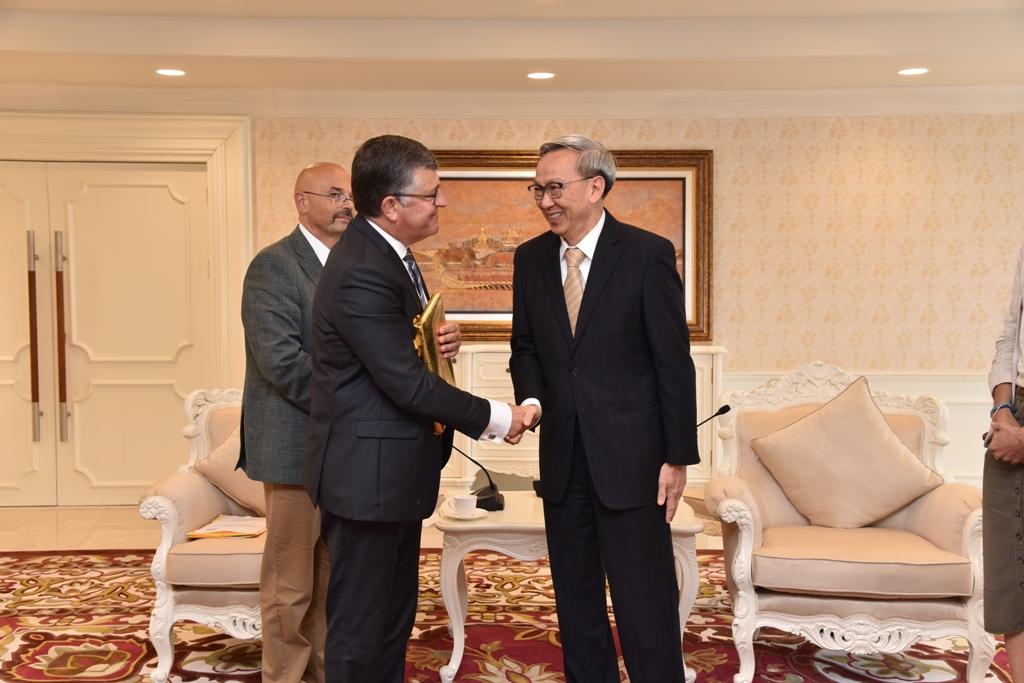 สมาชิกรัฐสภาอียูหารือ 'พาณิชย์' ติดตามการค้าการลงทุนไทย