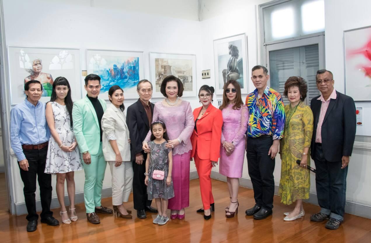 งานเปิดนิทรรศการศิลปกรรมสีน้ำโลก 2561