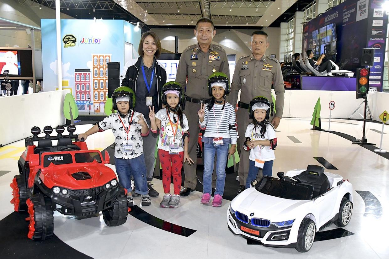 สำนักงานตำรวจแห่งชาติ เยี่ยมชม Skill Driving Experience Junior