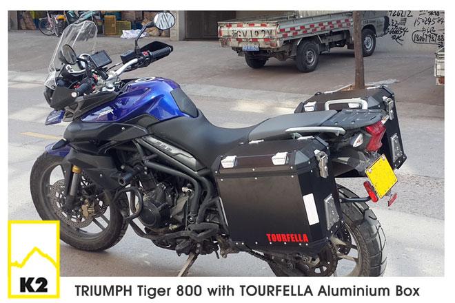 ปี๊บพร้อมแร็ค Tourfella สำหรับ Triumph Tiger 800