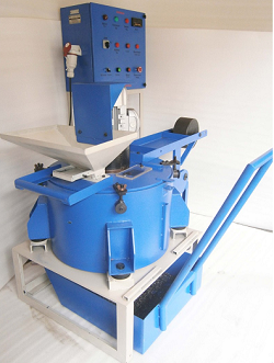 Oil in chip extractor