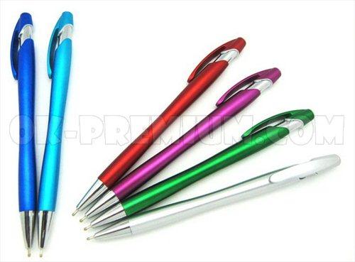 P283 ปากกาพลาสติก ปากกานำเข้า ปากกา ปากกาพรีเมี่ยม ปากกาพลาสติก พร้อมสกรีน สกรีนฟรี ของพรีเมี่ยม สินค้าพรีเมี่ยม ของนำเข้า สินค้านำเข้า ของแจก ของแถม ของชำร่วย มีให้เลือกหลายแบบค่ะ