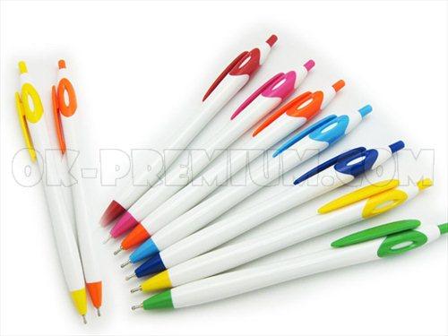 P284 ปากกาพลาสติก ปากกานำเข้า ปากกาพรีเมี่ยม ปากกา สกรีนฟรี ของแจก ของพรีเมี่ยม ของชำร่วย ปากกาแจกฟรี ปากกาแจก
