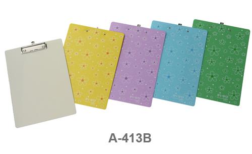 คลิปบอร์ดA4  A-413B Trendy Board ดอกไม้บานเส้นขาว