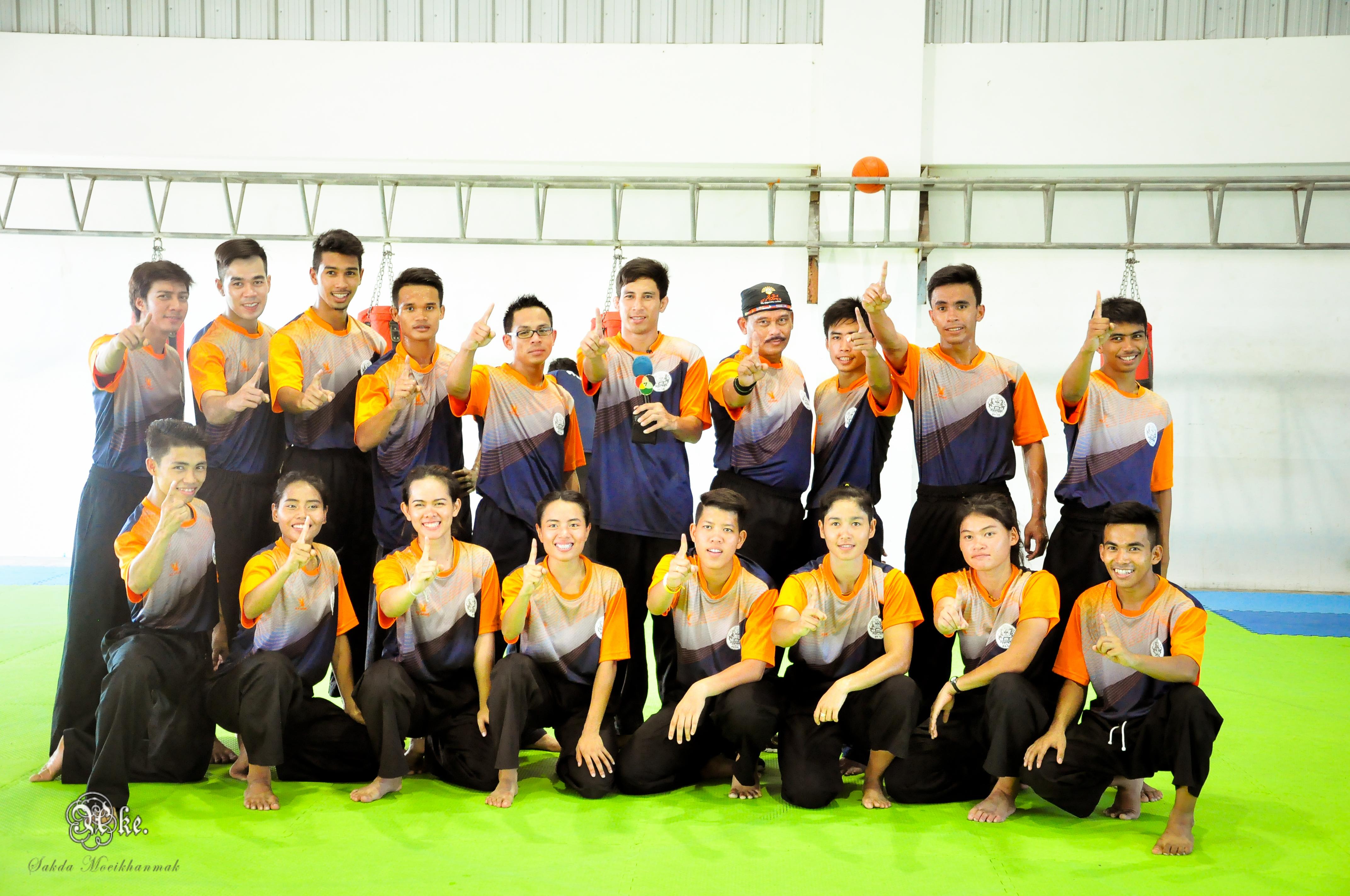 กงสุลใหญ่อินโดนีเซีย ประจำจังหวัดสงขลา ให้เกียรติเข้าเยี่ยมชมการเก็บตัวของนักกีฬาปัน  จักสีลัตทีมชาติไทย ชุดซีเกมส์สิงคโปร์ ครั้งที่ 28