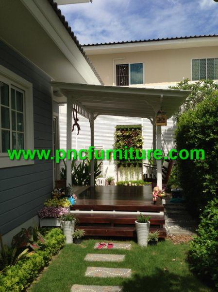 ซุ้มนั่งเล่นข้างบ้าน ทำจากไม้สักทอง ซุ้มสีขาว ระแนงไม้แต่งบ้าน ซุ้มหน้าบ้าน