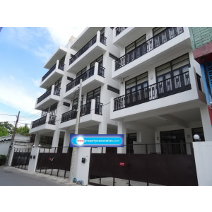 Townhome new with 4 bedrooms near St' Andrew Inter Sukhumvit 71