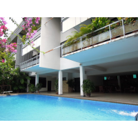 Low-rise Apartment with 3 bedroom big balcony in Phaholyothin 11