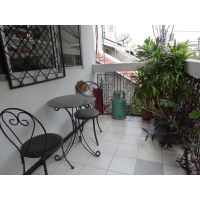 Low-rise apartment 1 bedroom in Sathorn soi 1 near Q House Lumphini, Lumphini park or Lumphini MRT station