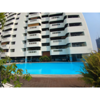 3 bedroom 250 sq m.Apartment in Sathorn-Narathiwas road near Chong Nonsi BTS