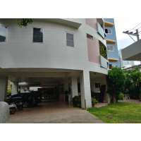 Apartment 2-3 bedroom in quite soi Suanplu