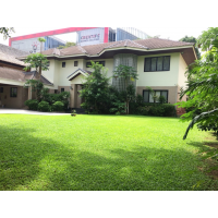 House 5 bedroom for rent in Sukhumvit 71